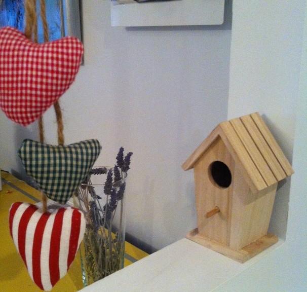 caseta d'ocells house bird wood